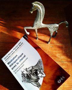 médiation thérapeutique avec le cheval illustré par Marlies Giornal.